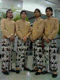 Baju Adat Tyasso31